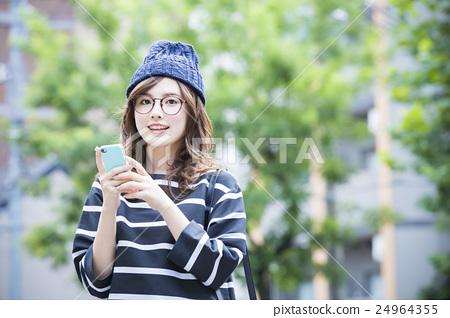 年輕的女士 24964355