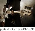 貝斯手 手指 吉他彈奏者 24975691