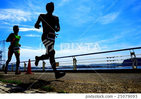 마라톤 달리기 25079093