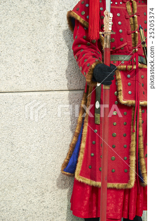 Traditional Korean soldiers 25205374