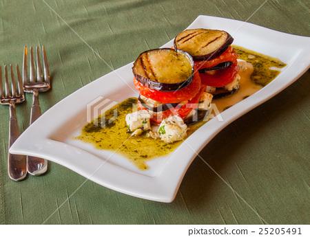 eggplant, grilled, tomato 25205491