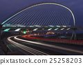 The harp bridge. 25258203