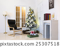 Christmas atmosphere 25307518