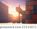 Forklift truck lifting Cargo containers 25314671