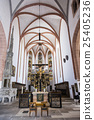 Interior of Saint Johannes and Saint Martin church 25405236