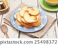 Dried  pear 25498372