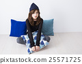 young woman 25571725