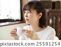 年長 女性 女 25591254