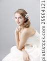 新娘秀麗射擊白色女性自然構成 25594121