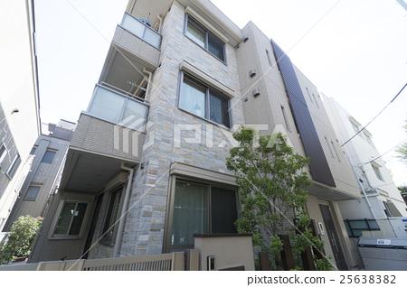 住宅大廈公寓低層3層建築外觀圖像 25638382