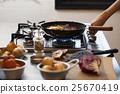 煎鍋 烤 燃燒 25670419