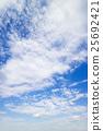 藍天天空雲彩秋天天空背景材料10月復制空間 25692421