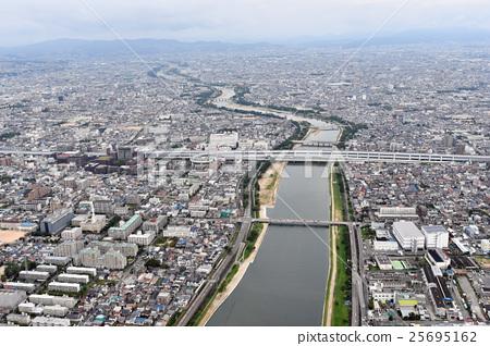 효고현 니시 노미야시 아마 가사키시를 공중 촬영 25695162