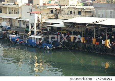 枋寮漁港的早晨 25730393
