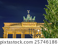 Brandenburg gate and christmas tree 25746186