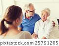 senior,woman,family 25791205