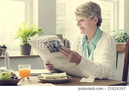 Senior Adult Reading Newspaper Leisure Concept 25820397