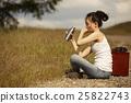 一個女人在荒野中旅行 25822743