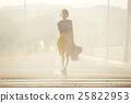 一個獨自旅行的女人 25822953