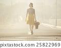 一個獨自旅行的女人 25822969