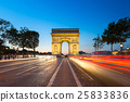 Triumphal arch. Paris. France. 25833836