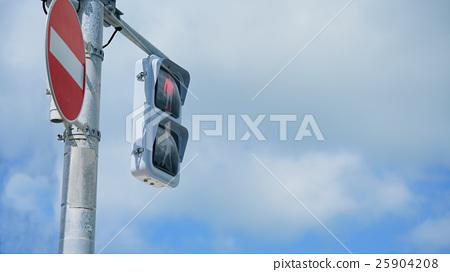 Red traffic light, for pedestrians 25904208