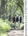 夫婦 散步 踏青 25907995