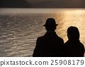 ภาพการเดินทางคู่ผู้ใหญ่ 25908179