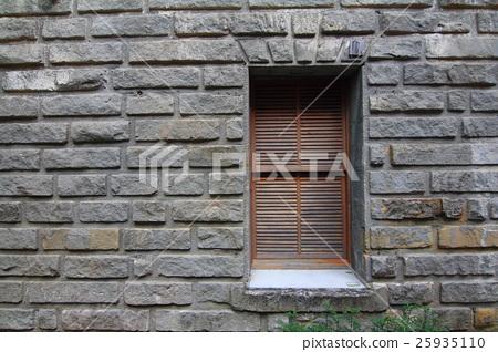 磚牆窗口 3 25935110