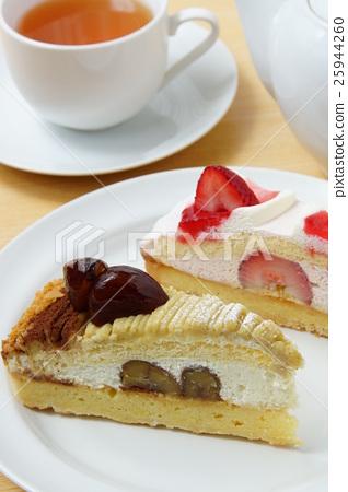 Strawberry Shortcake and Maron Cake 25944260