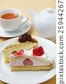 딸기 케잌과 마론 케이크 25944267