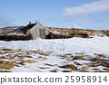 Tiny hut in Iceland 25958914