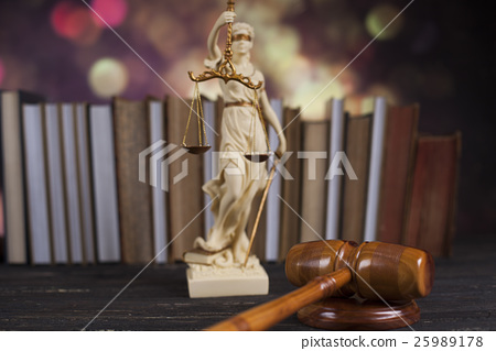 Statue of lady justice, Law concept 25989178