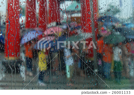 台南市 南鯤鯓 雨中的廟會 26001133