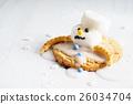 marshmallow snowman on cookies 26034704
