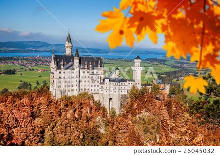 Neuschwanstein castle in autumn, Bavaria, Germany 26045032