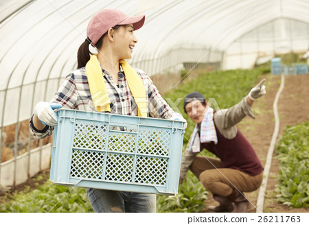 生活在该国的家庭移民形象 26211763