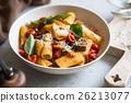 Rigatoni with Aubergine and Tomato 26213077