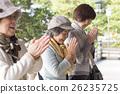 女性 參觀神社或寺廟 朋友 26235725