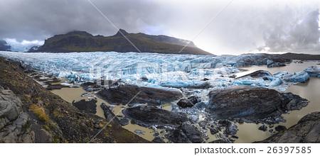 Svinafellsjokull glacier tongue in winter 26397585