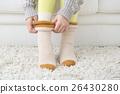 穿紗襪的女性,採取防寒措施 26430280