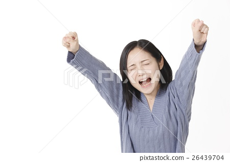 A young lady screaming 26439704