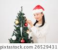ผู้หญิงแต่งต้นคริสต์มาส 26529431