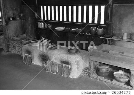 黑白烹調設備的老熔爐 26634273
