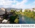 モスタルの橋から眺めるモスク 26696295