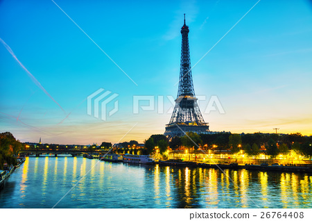 Cityscape with the Eiffel tower 26764408