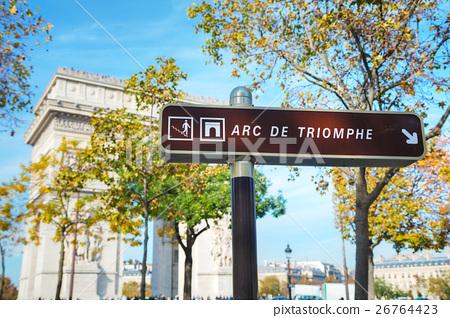 The Arc de Triomphe de l'Etoile sign 26764423