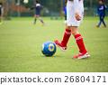 ฟุตบอล,ลูกฟุตบอล,สนามหญ้า 26804171