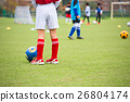 ฟุตบอล,ลูกฟุตบอล,สนามหญ้า 26804174