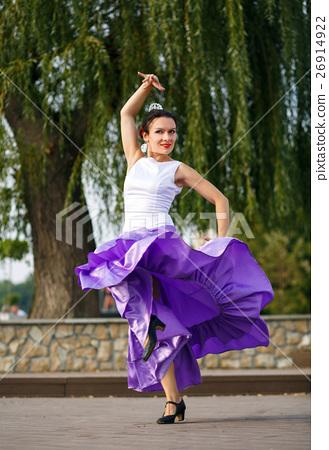 Flamenco dancer Spain woman in a long purple dress 26914922